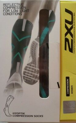 2XU Women's Hyoptik Compression Socks, Reflective, Grey/Ice Green, Size M