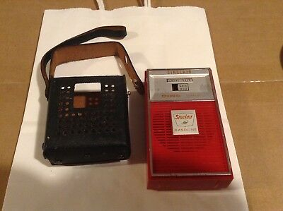 VINTAGE SINCLAIR  GASOLINE TRANSISTOR RADIO with cover British colony hong kong