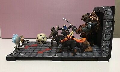 """RICK & MORTY vs Dungeons and Dragons Diorama 17""""x8""""x8"""""""