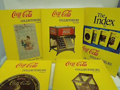 Coca Cola Collectibles by Shelly and Helen Goldstein