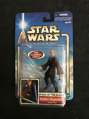 STAR WARS EPISODE 2 ANAKIN HANGER 2002 ACTION FIGURE with Lightsaber Mancave