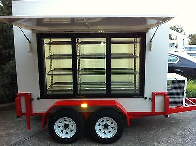 . 9 X 5 Foot -  Mobile Trailer - Portable walk in - Cool Room - Display Room