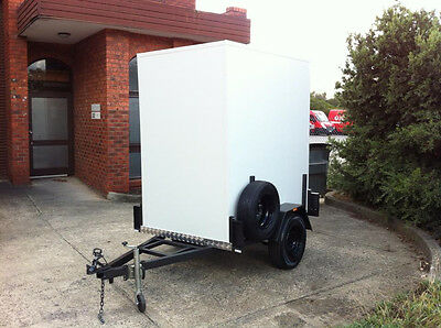 . 6 x 4 Foot - Mobile Trailer / Portable walk in Cool Room - No cooling system