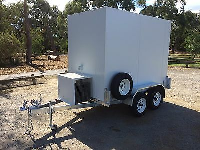. 9 X 5 Foot - Mobile Trailer - Portable Walk In Cool Room - Multiple Use