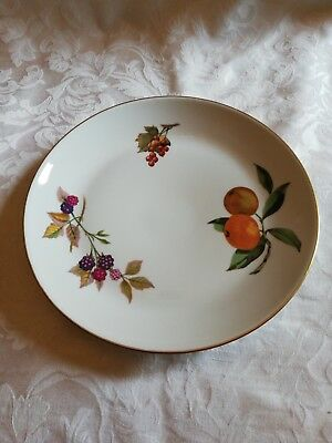Royal Worcester Evesham Vale Shallow Serving Plate 8.75 Inches Vgc