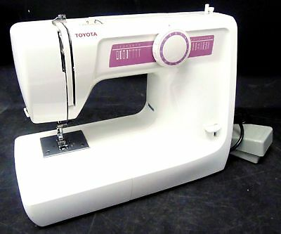 TOYOTA KB03 RS 2000 series electric portable sewing machine in whitе