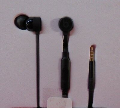 Authentic Beats by Dr. Dre urBeats3 Earphones with 3.5mm Plug - Black MNQF2LL/A
