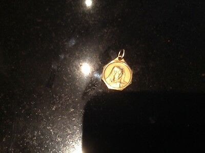 medaille religieuse  en or st vierge 2 grs