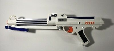 Hasbro 2006 Star Wars Clone Trooper NERF Dart Gun BLASTER RIFLE w/ Laser Sight