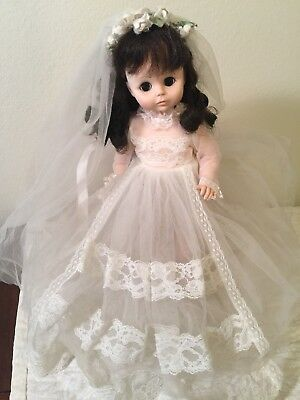 Vintage Madame Alexander Mary ann Doll Bride And Stand