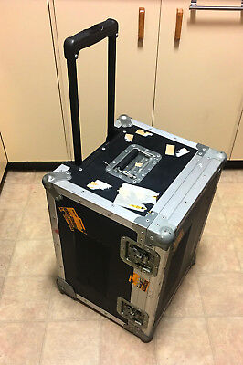 Road Case - Equipment Case - Camera Case - with wheels and pull out handle