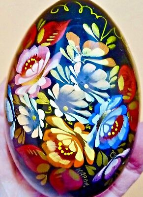 Vintage Russian Solid Wood Hand-Painted Floral Lacquer Egg W/stand-Pristine