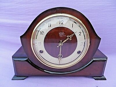 Vintage Oak Cased British Made Perivale Westminster Chime Wind Up Mantle Clock