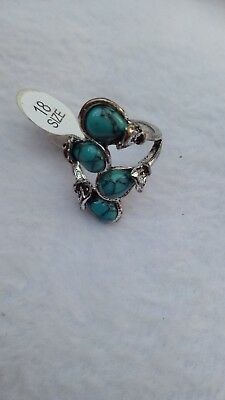 Collection of rare Chinese ancient silver ring inlaid with turquoise.