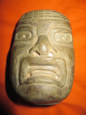 AUTHENTIC OLMEC head made from Basalt stone,PRECOLUMBIAN,MOCHE,MAYA,OLMEC
