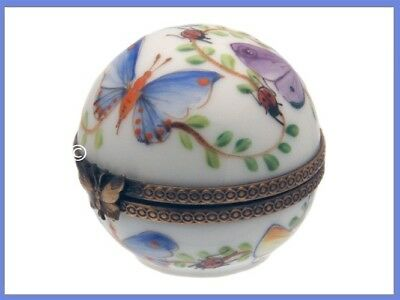 Fabulous Retired LIMOGES Thimble Holder & Thimble, Butterflies