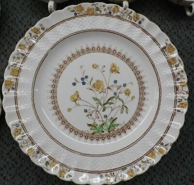 """33 Pieces of Vintage 1930's Spode """"Buttercup"""" pattern Fine China"""