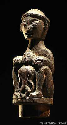 Very fine, early Dayak shaman's maternity figure, Borneo - excellent provenance