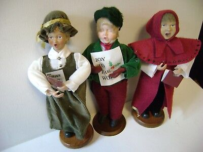 vintage carolers christmas set of 3 carolers red green plaid cloth dolls