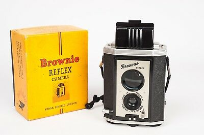 kodak Brownie Reflex camera ( UK) 127 format with box