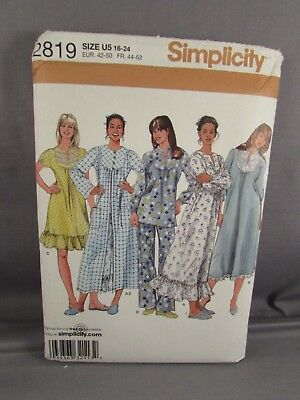 Simplicity  Uncut Pattern 2819  Misses Nightgown Robe, Pajama    Size: 16-24