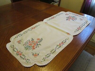 """Vintage Cotton Dresser Scarf with Embroidered Pink & Purple Flowers - 15"""" x 33"""""""
