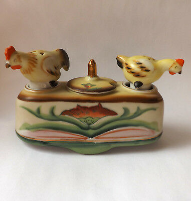 Chicken Salt Pepper Nodders T.T. Patent Takito Company Occupied Japan Vintage