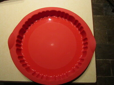 tupperware flan red  silicon bakeware