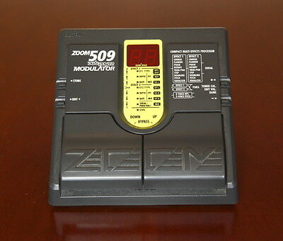 Zoom 509 Modulator Effect Pedal -->Great modulation effects<--