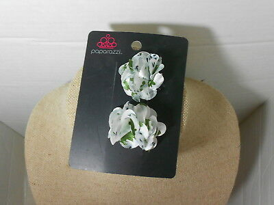 Paparazzi Hair Clip or Pin (new) TWO TINY WHITE/GREEN/BLACK/GREY FLOWERS #200