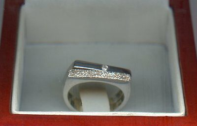 Hot Diamond Ladies  Silver Boxed Ring Size M