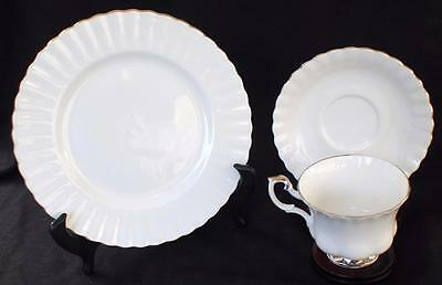 Vintage ROYAL ALBERT Bone China England CHANTILLY Trio Footed Cup Saucer Plate