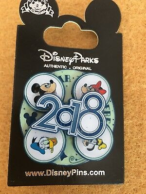 NEW Walt Disney PIN 2018 Mickey Minnie Donald Duck turntable Badge -Brand