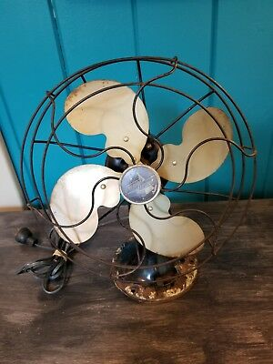 Vintage Emerson Electric Fan Model 2450B Metal Blade Oscillating Made in USA