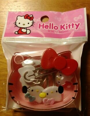 Hello kitty 5xpaper clips with 1x small case