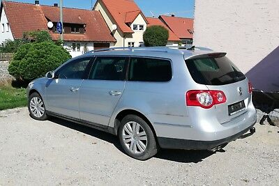 VW Passat Variant 2.0 TDI DSG Highline 170PS