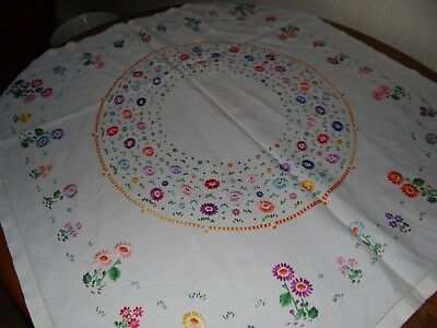 Vintage linen floral embroidered small tablecloth