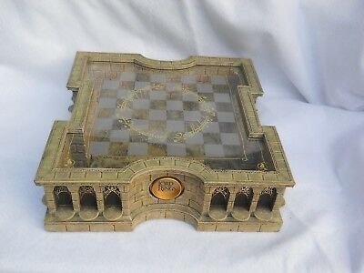 """The Lord of The Rings Noble Collection Chess Set 32 Figures """"As IS"""""""