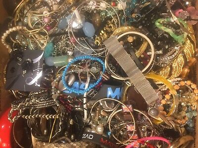 Huge UNSORTED Nice Mixed Jewelry Lot -  FREE SHIPPING
