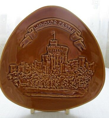 Rare - Eastgate Pottery Withernsea Curved Tri Corner Dish Relief Windsor Castle