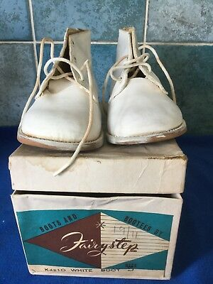 Vintage Children's Toddler White Leather Boots By Fairy steps Size 5 -  c1960s