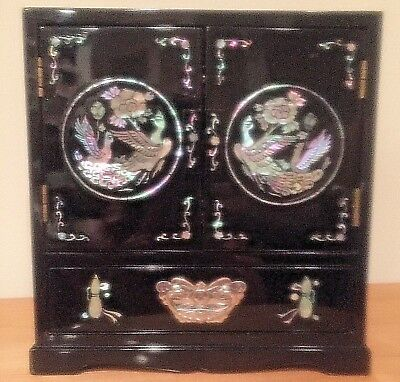 Vintage Oriental Black Lacquer With Mother of Pearl Jewelry Box