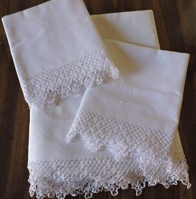 Vintage Top Sheet And Pillowcase.  Double Size.  White With Beautiful Crochet..