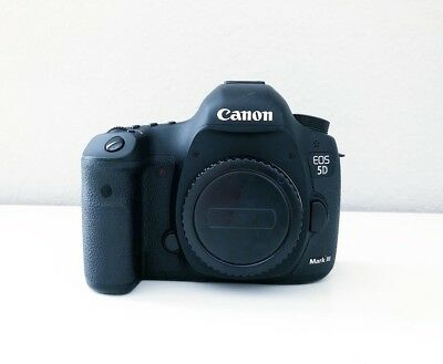 Canon EOS 5D Mark III *ONLY 20K SHUTTER*
