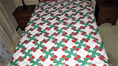 Vtg 80X90 Red Green Drunkards Path Cotton Quilt Top Christmas