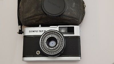 Olympus Trip 35 35mm Film Camera With Strap & Case March 1968 Working Condition
