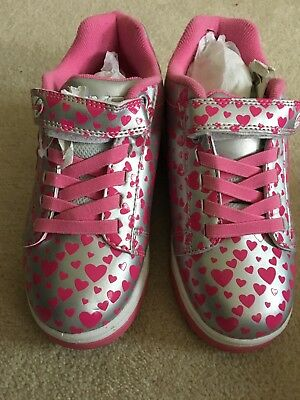 Girls Heelys Size 2 (X2 silver with pink harts ) (worn once )