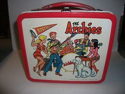 Vintage 1969 Archies Lunchbox with Thermos