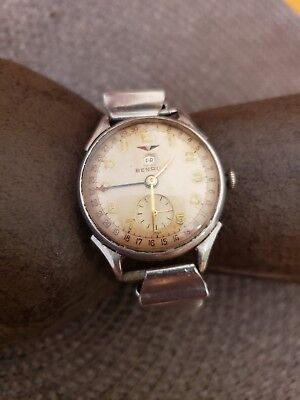 Very rare Vintage 1950's Benrus Pointer Date Watch working great