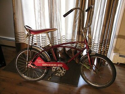"Vintage 1977 Sears Roebuck-Free Spirit ""Spyder 20"" Boys Sting-Ray Style Bicycle"